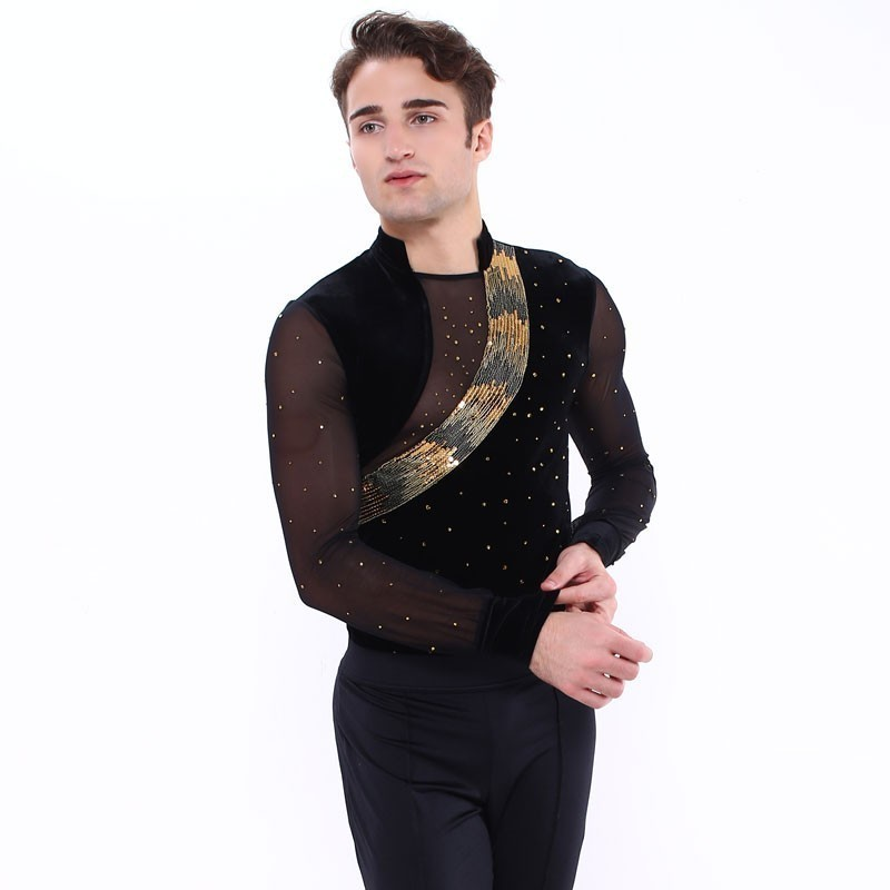 高端展现 XAMAS Luka 滑冰上衣
