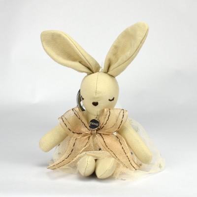 平静兔娃娃吊饰 - 卡其色